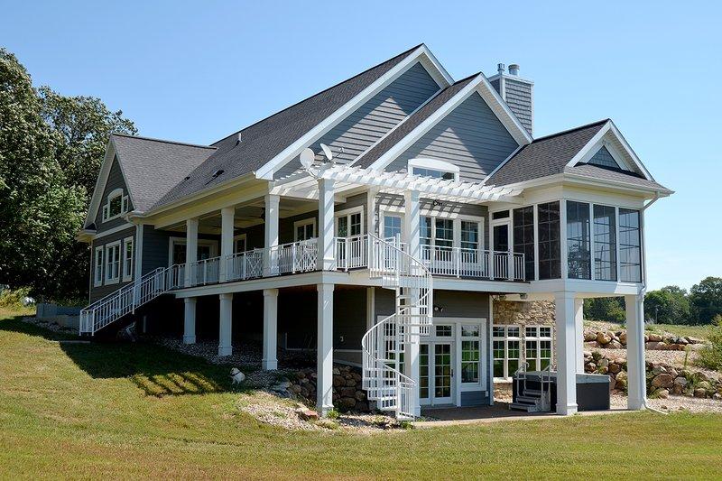 House Design - Ranch Exterior - Rear Elevation Plan #70-1499