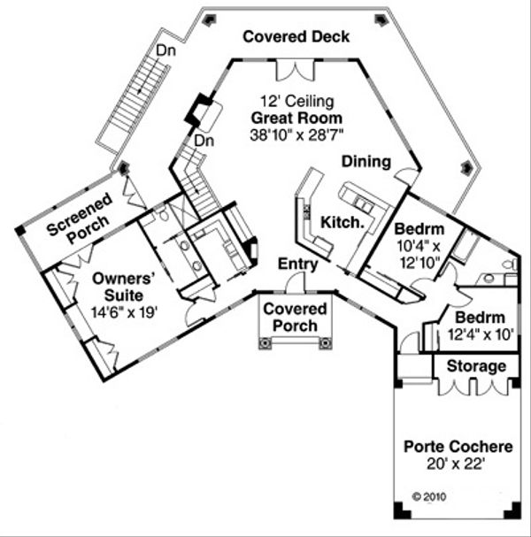 Contemporary Floor Plan - Main Floor Plan Plan #124-850