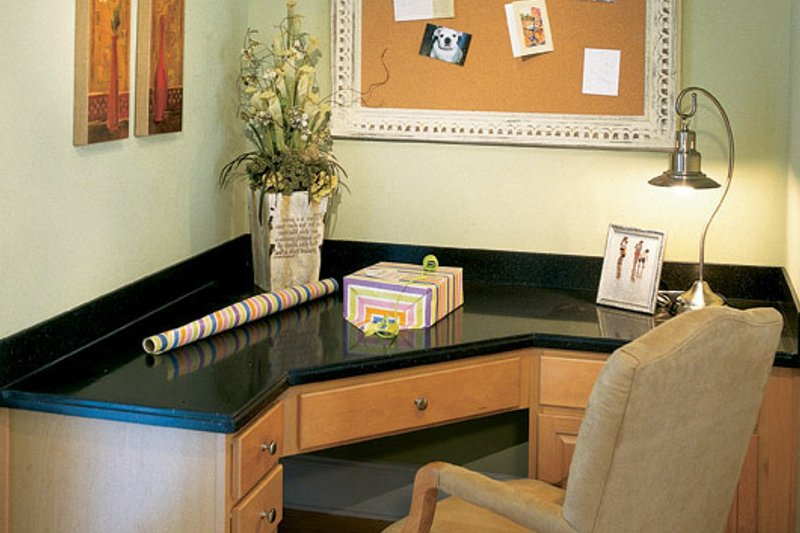 Traditional Interior - Other Plan #927-529 - Houseplans.com