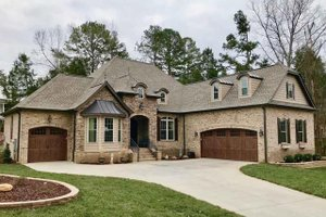 Dream House Plan - European Exterior - Front Elevation Plan #923-82