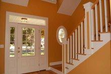 House Plan Design - Country Interior - Entry Plan #927-892