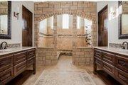 Prairie Style House Plan - 4 Beds 4.5 Baths 3716 Sq/Ft Plan #80-198 Interior - Master Bathroom