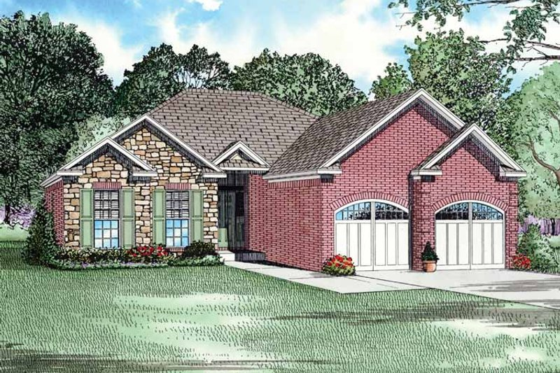 Traditional Exterior - Front Elevation Plan #17-2735 - Houseplans.com