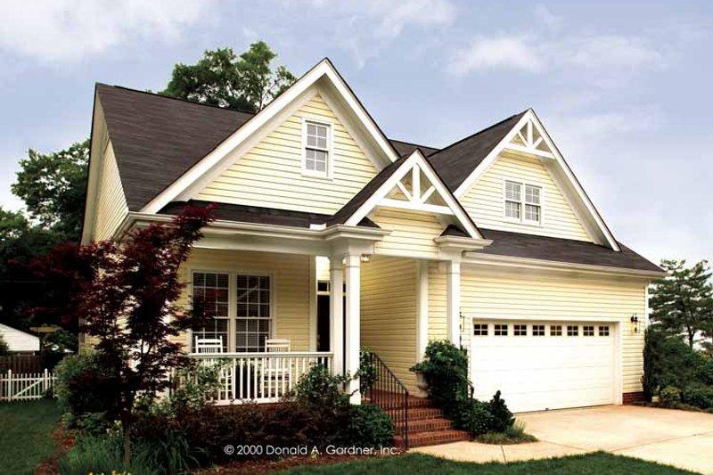 Dream House Plan - Victorian Exterior - Front Elevation Plan #929-557