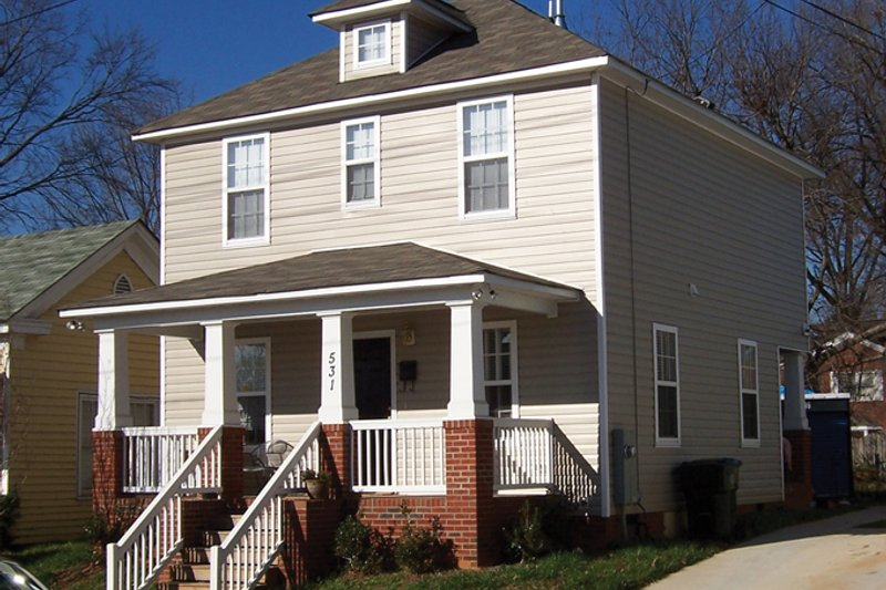Craftsman Exterior - Front Elevation Plan #936-20 - Houseplans.com