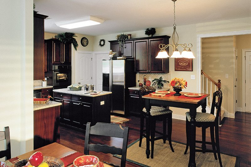 Traditional Interior - Kitchen Plan #927-874 - Houseplans.com