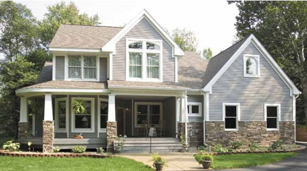 Craftsman style house plan 3 beds 2 5 baths 1999 sq ft for Craftsman vs mission style