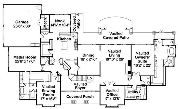 Traditional Floor Plan - Main Floor Plan Plan #124-829