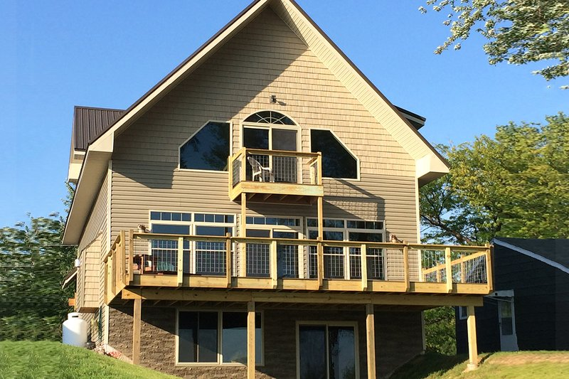 House Plan Design - Contemporary Exterior - Rear Elevation Plan #117-870