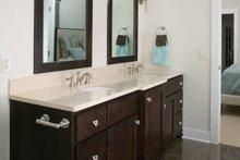 Traditional Interior - Bathroom Plan #928-111