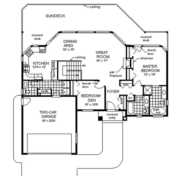 Traditional style house plan, main level floor plan