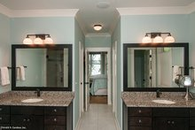 House Plan Design - Craftsman Interior - Master Bathroom Plan #929-407