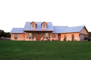 Dream House Plan - Country Exterior - Front Elevation Plan #472-257