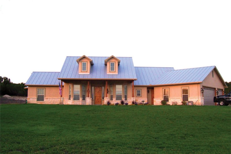 Home Plan - Country Exterior - Front Elevation Plan #472-257