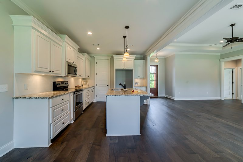 House Plan Design - Ranch Interior - Kitchen Plan #430-182