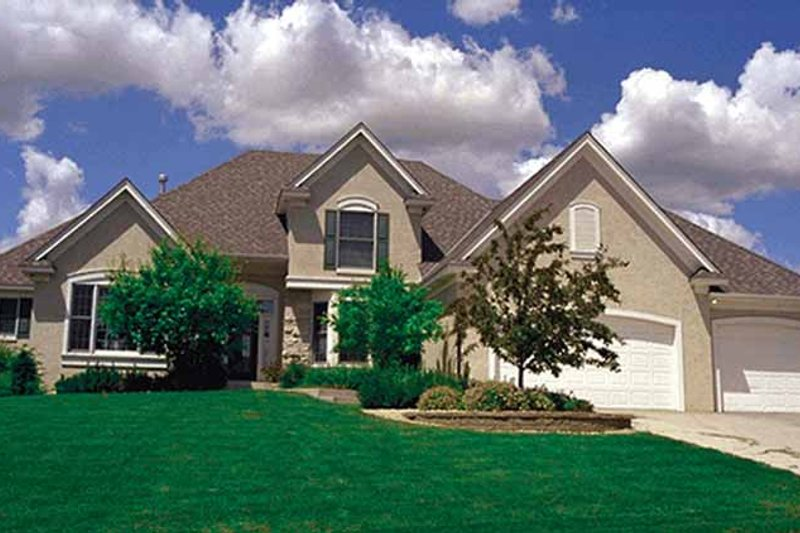 Traditional Exterior - Front Elevation Plan #51-914 - Houseplans.com