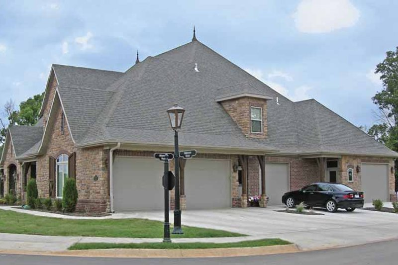 Contemporary Exterior - Front Elevation Plan #11-280 - Houseplans.com