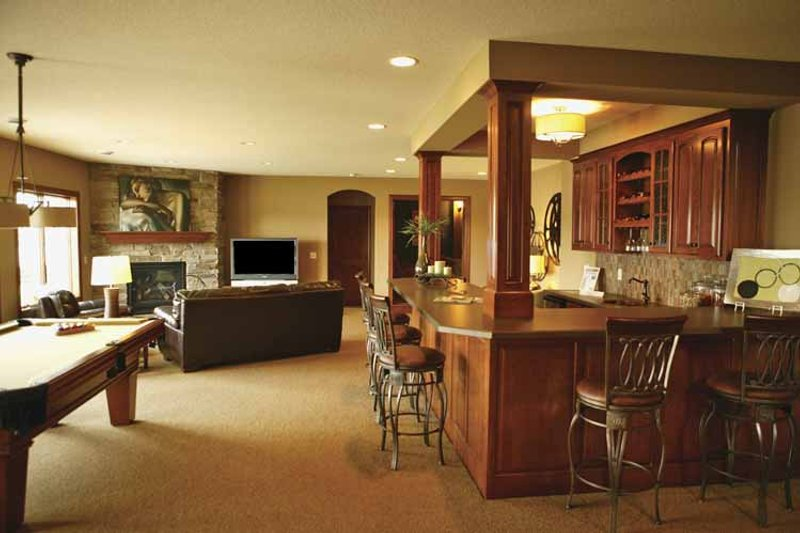 Traditional Interior - Family Room Plan #320-990 - Houseplans.com