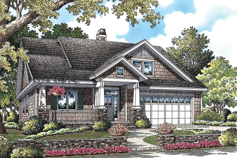Craftsman Exterior - Front Elevation Plan #929-916