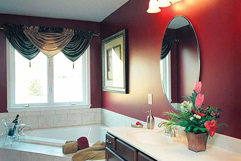 Traditional Interior - Bathroom Plan #46-560 - Houseplans.com