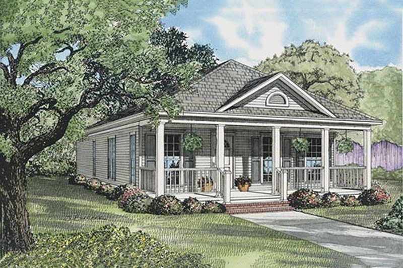 Southern Style House Plan - 2 Beds 2 Baths 1120 Sq/Ft Plan #17-554 Exterior - Front Elevation