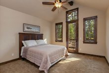 Craftsman style house design,bedroom photo