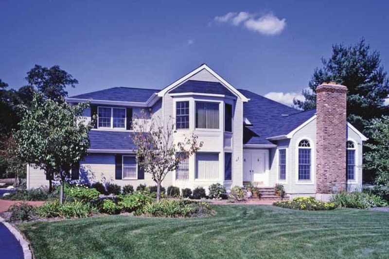 Traditional Exterior - Front Elevation Plan #314-250 - Houseplans.com