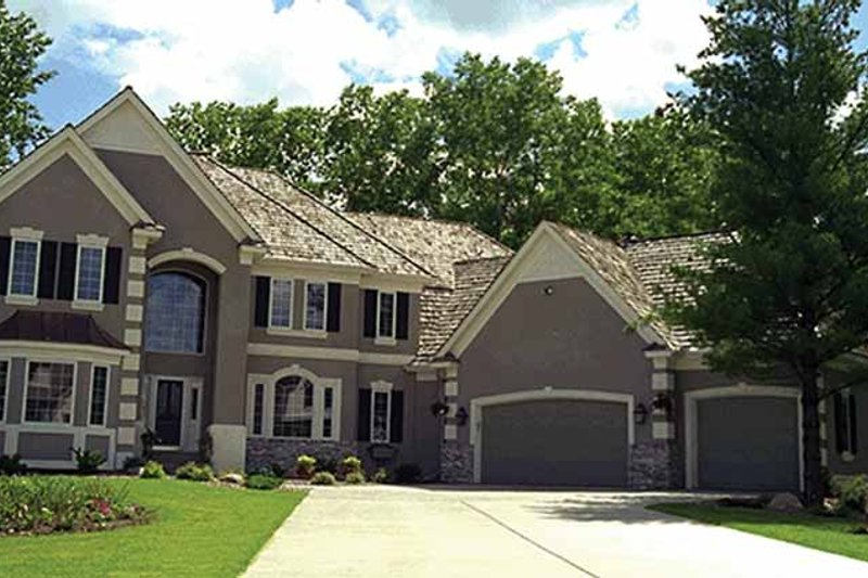 Dream House Plan - Traditional Exterior - Front Elevation Plan #51-785