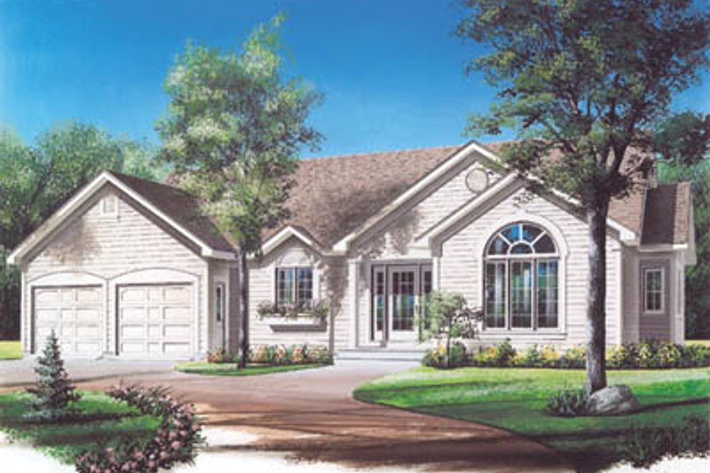 Architectural House Design - Traditional Exterior - Front Elevation Plan #23-123