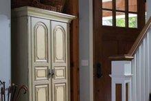 Craftsman Interior - Entry Plan #928-64