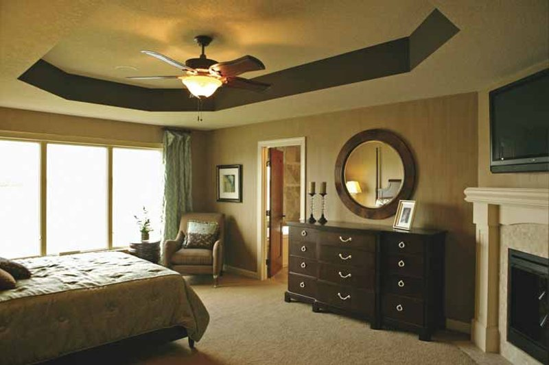Traditional Interior - Master Bedroom Plan #320-990 - Houseplans.com