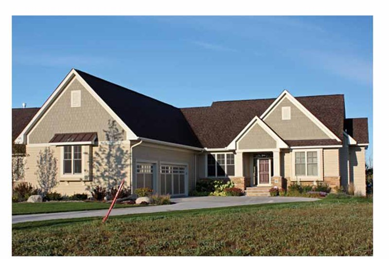 House Plan Design - Ranch Exterior - Front Elevation Plan #51-1069