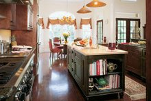 Colonial Interior - Kitchen Plan #929-571