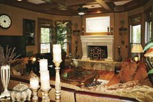 Colonial Interior - Family Room Plan #119-392