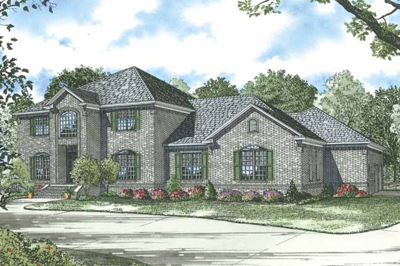 Traditional Exterior - Front Elevation Plan #17-2835 - Houseplans.com