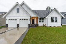 Home Plan - Farmhouse Exterior - Front Elevation Plan #1070-97