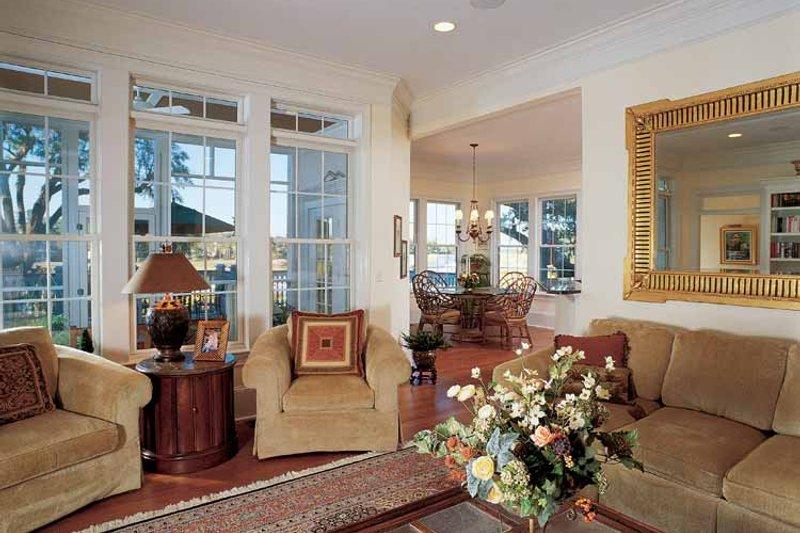 Country Interior - Family Room Plan #37-257 - Houseplans.com