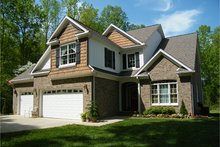 House Plan Design - Traditional Exterior - Front Elevation Plan #927-579