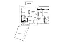 Contemporary Floor Plan - Main Floor Plan Plan #117-842