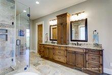 Ranch Interior - Master Bathroom Plan #929-655