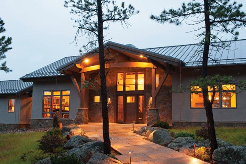 House Plan Design - Contemporary Exterior - Front Elevation Plan #1042-15