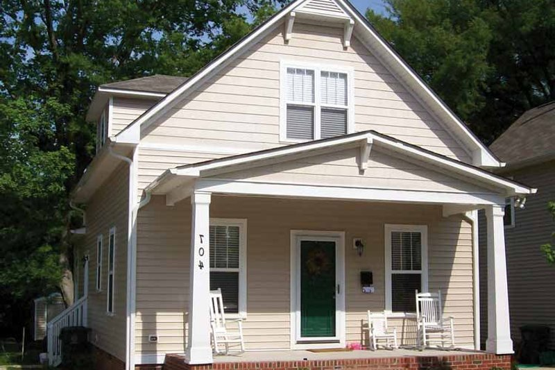 Architectural House Design - Craftsman Exterior - Front Elevation Plan #936-3
