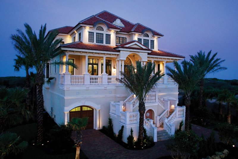 Mediterranean Exterior - Front Elevation Plan #929-900 - Houseplans.com