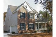 Traditional Style House Plan - 4 Beds 3.5 Baths 2086 Sq/Ft Plan #20-234 Exterior - Front Elevation
