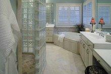 Colonial Interior - Master Bathroom Plan #930-220