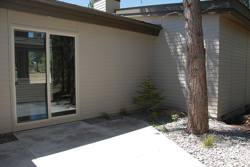 Contemporary Exterior - Rear Elevation Plan #892-18 - Houseplans.com