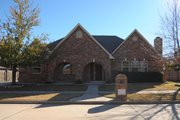 European Style House Plan - 3 Beds 3 Baths 2532 Sq/Ft Plan #65-453 Exterior - Front Elevation