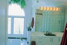 House Plan Design - Traditional Interior - Bathroom Plan #952-2