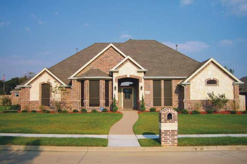 Home Plan - Country Exterior - Front Elevation Plan #84-646