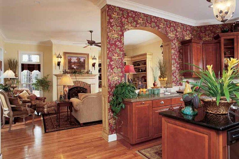 Country Interior - Family Room Plan #952-275 - Houseplans.com